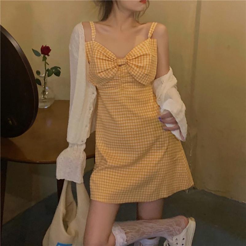 無袖洋裝 女生衣著 蝴蝶結吊帶連衣裙 韓版設計感小眾氣質格子裙 合身顯瘦性感百搭韓版中長裙打底裙