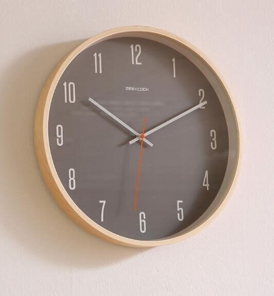 樂天優選 快速出貨 掛鐘客廳現代簡約創意小鍾表免打孔圓形時鐘時尚個性掛錶家用