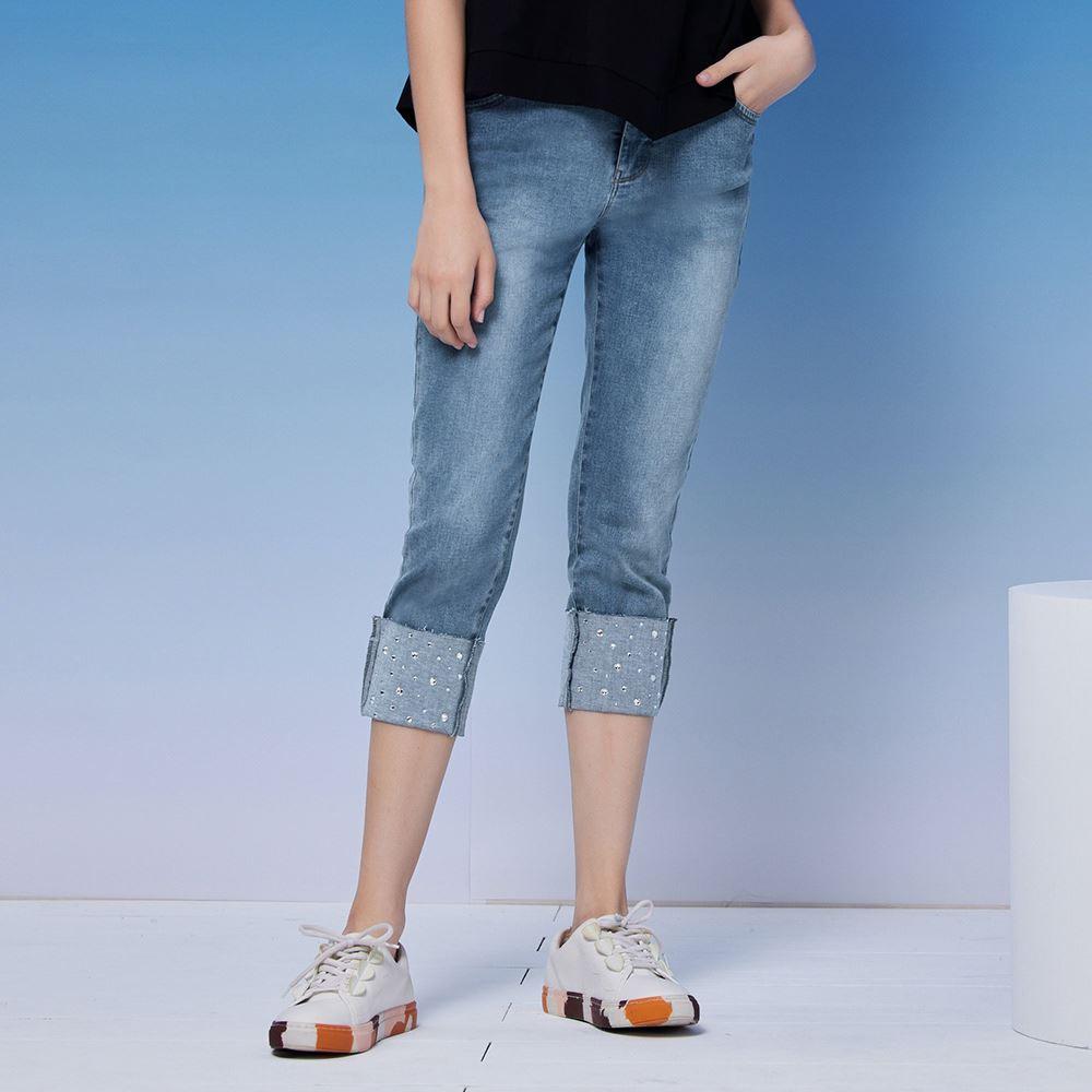 ILEY伊蕾 大反摺亮鑽造型八分牛仔褲(藍)1211088616
