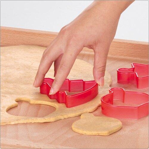 《TESCOMA》緞帶+掛環餅乾模6件(聖誕吊飾)