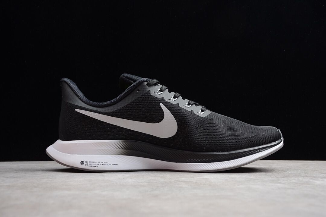 Nike Zoom Pegasus Turpo 登月35代 男女鞋