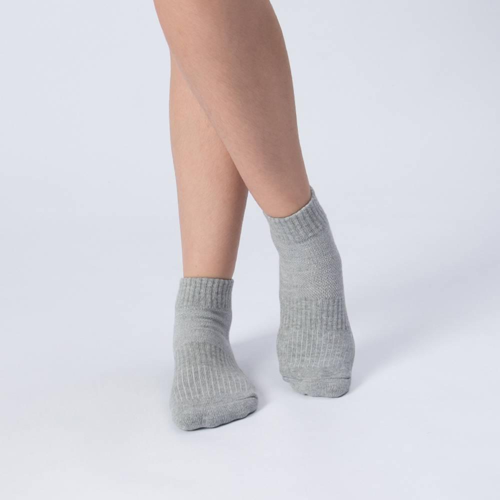 【L號】多功吸濕排汗科技運動襪-灰色 (商品編號:S0100113L)