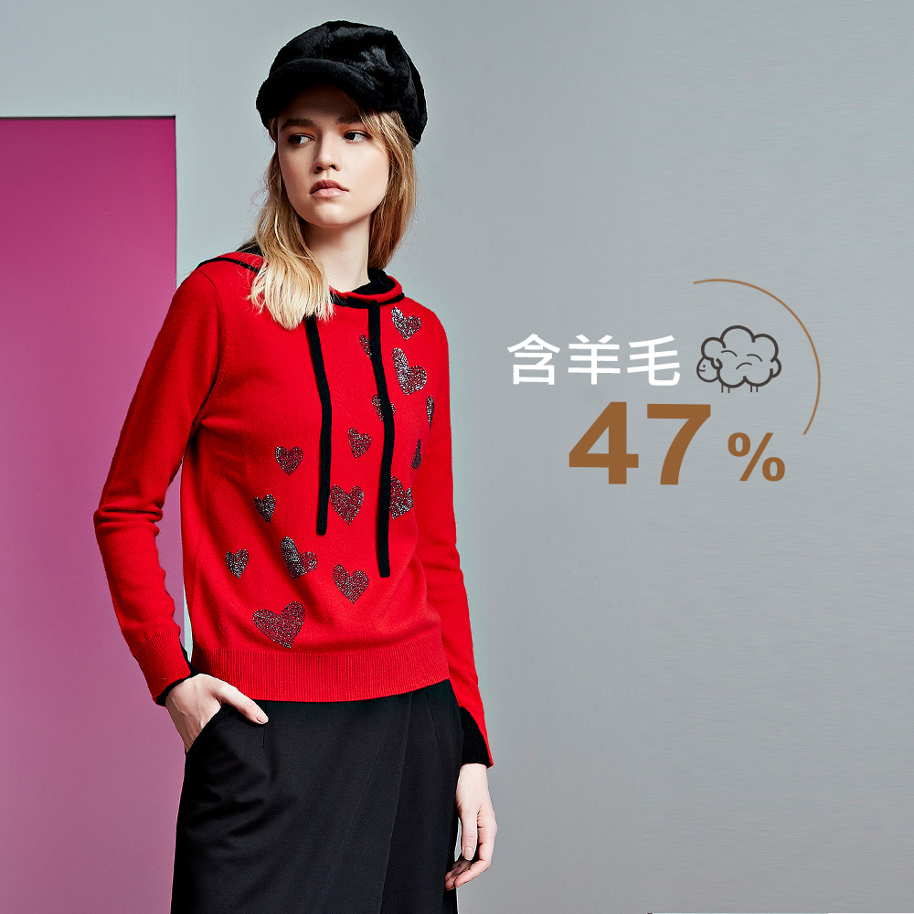 ILEY伊蕾 羊毛混紡愛心燙鑽連帽針織上衣(紅)991502