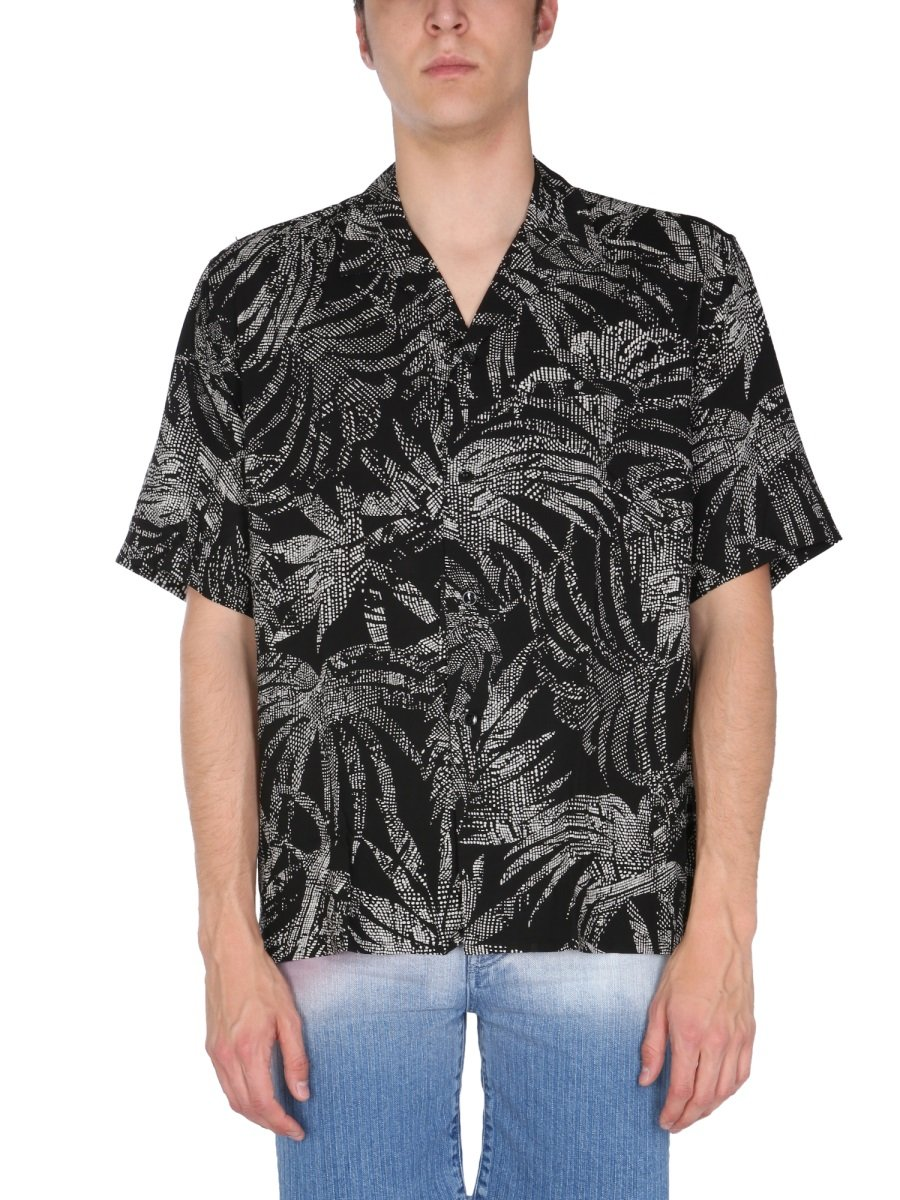 SHIRT WITH TROPICAL LEAF PATTERN