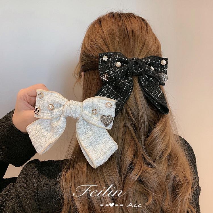 VIVILIAN精緻復古小香風格紋大蝴蝶珍珠彈簧髮夾/頭飾