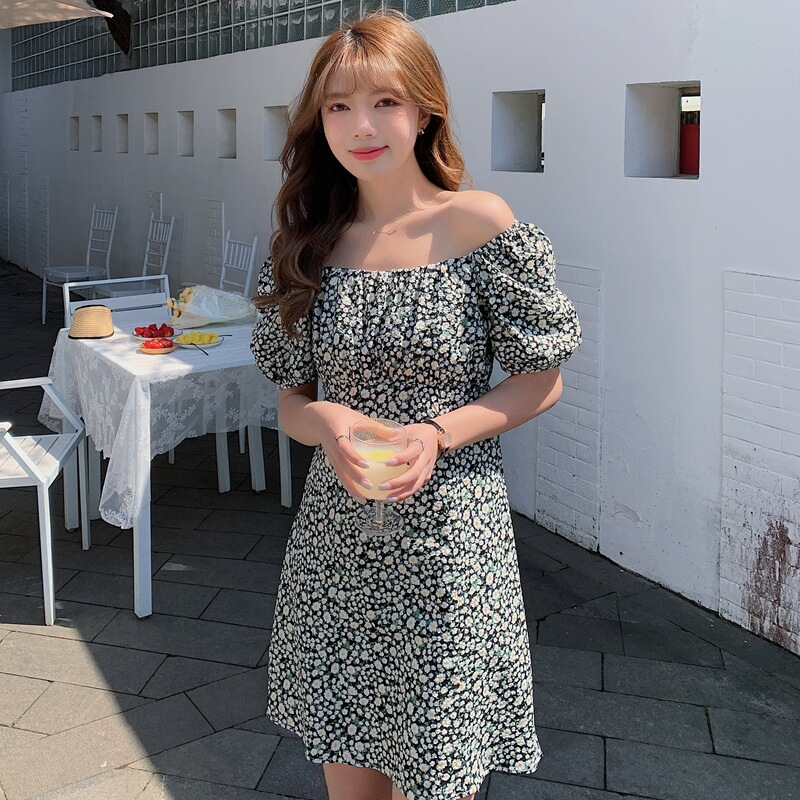 VIVILIAN日系一字領兩穿泡袖獨家花色顯瘦A字洋裝