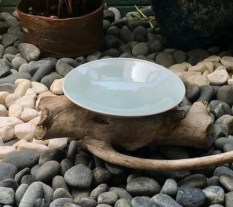 青玉陶盤 青瓷釉還原燒法 餐碗 餐盤 手工餐具 平盤