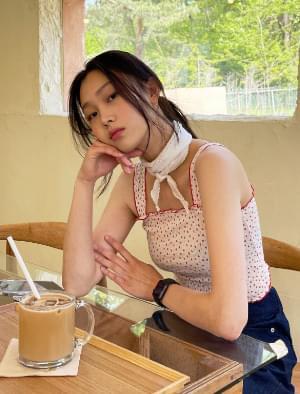 韓國空運 - Penny Flower Ruffle Sleeveless 無袖