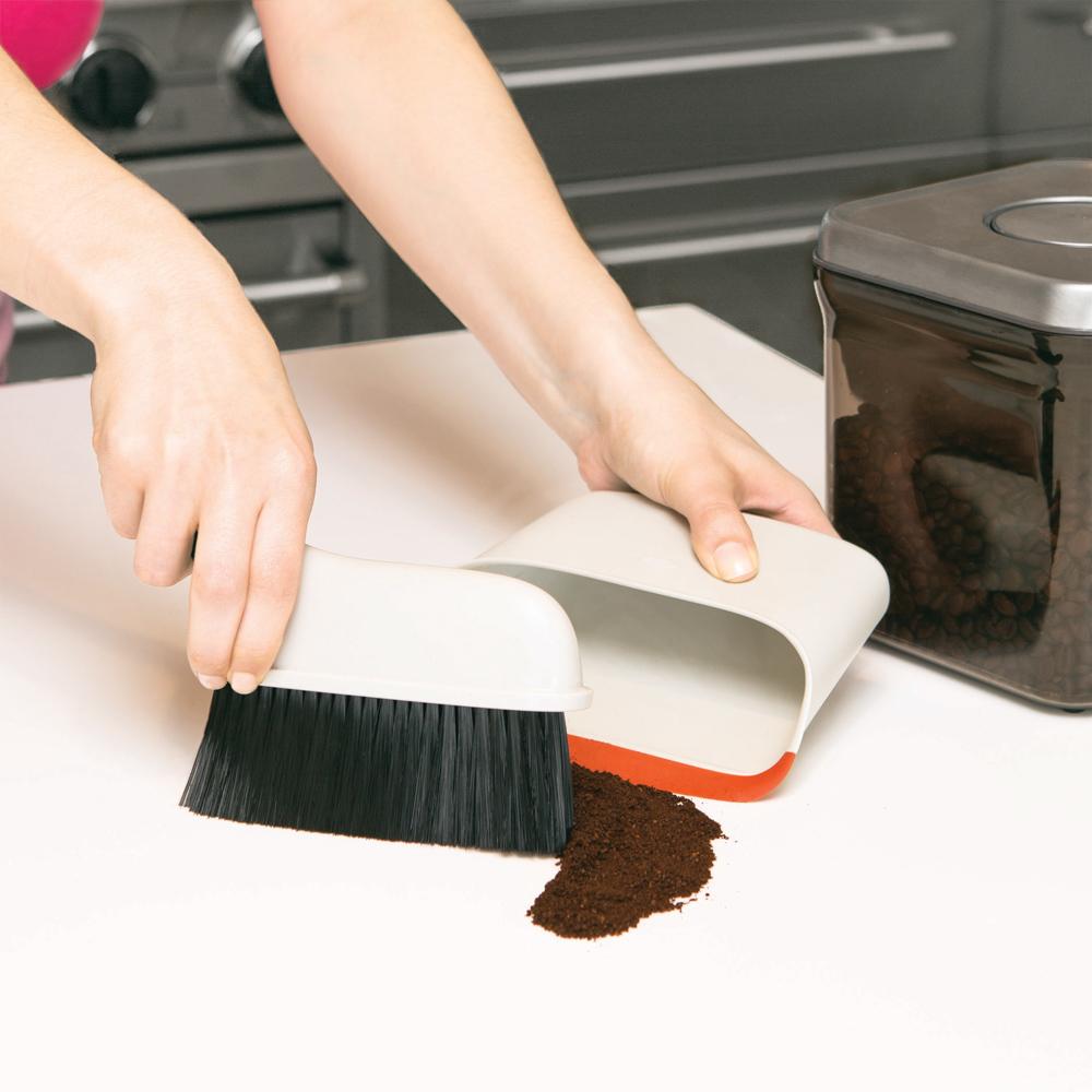 *OXO 好好握桌用掃具組