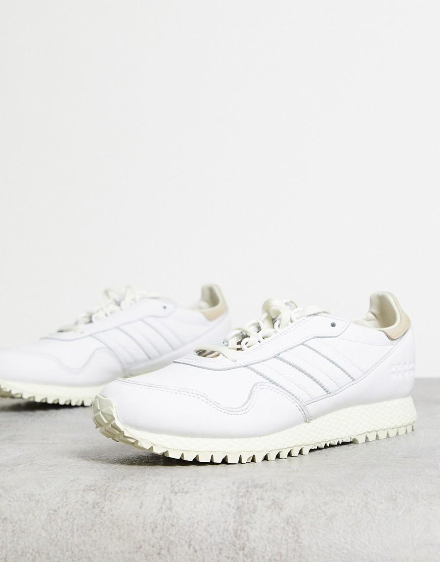 adidas Originals New York trainers in white