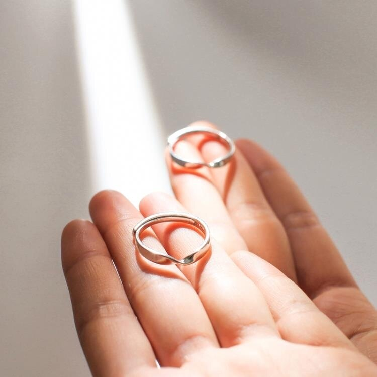 銀致S925純銀莫比烏斯環戒指男女情侶日韓簡約學生百搭刻字對戒   新品全館85折