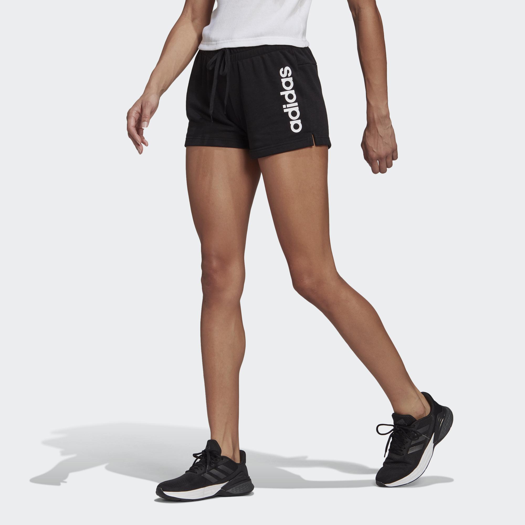 Essentials 運動短褲