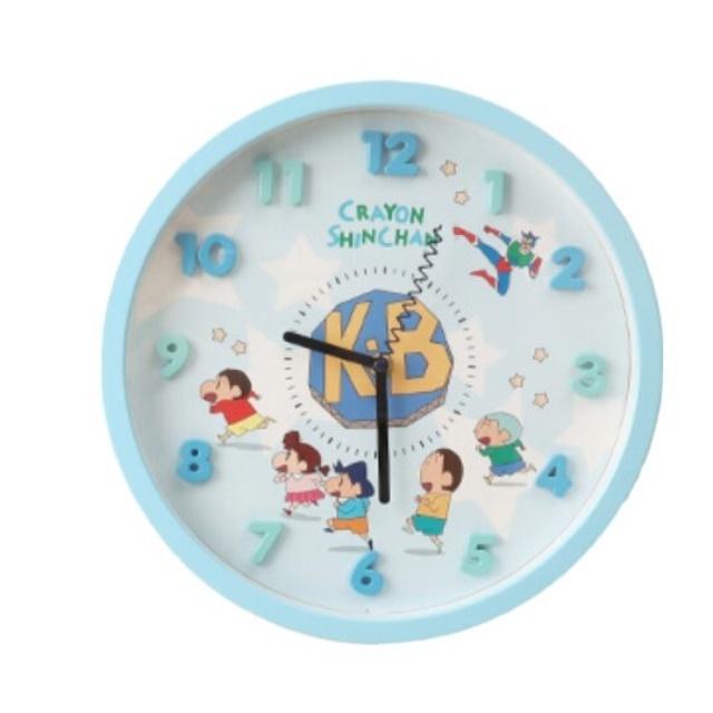 小禮堂 蠟筆小新 連續秒針圓形壁掛鐘 時鐘 壁鐘 圓鐘 (藍 立體數字)