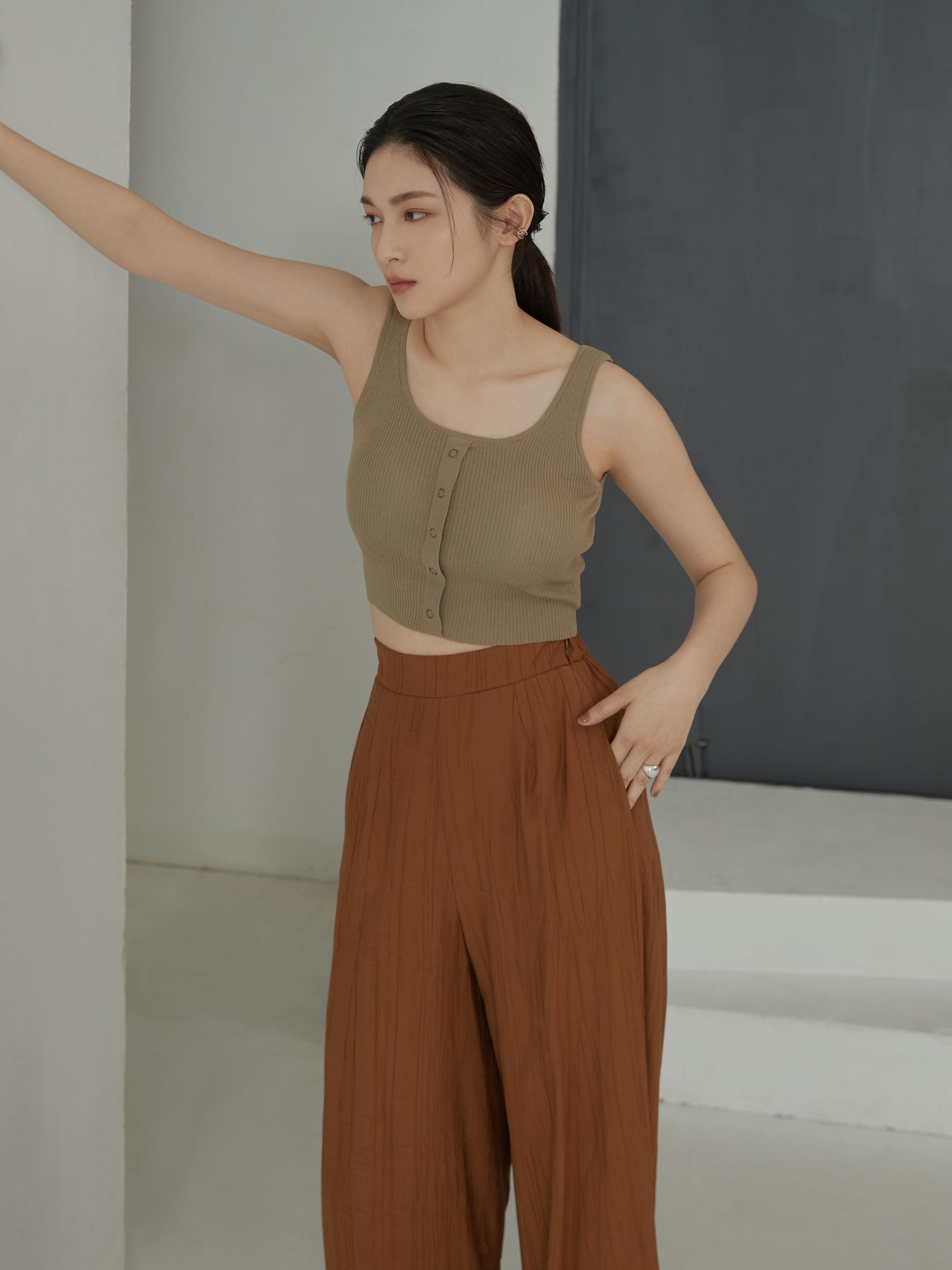 針織排釦細節bra top-mouggan
