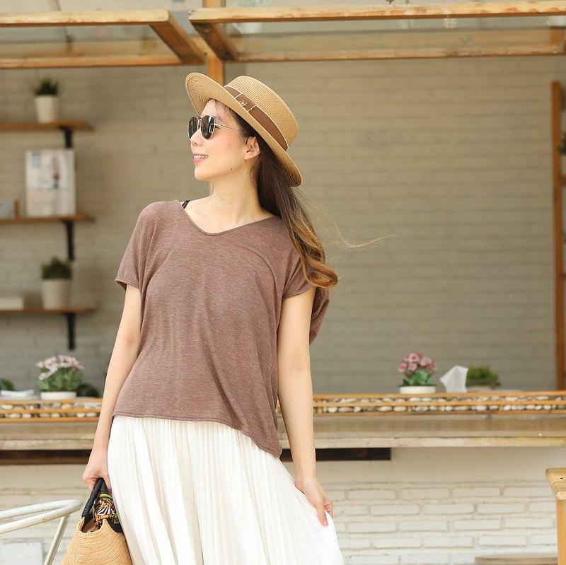 炎熱夏季的 T 卹或覆蓋泳衣。可定制 - 淺棕色