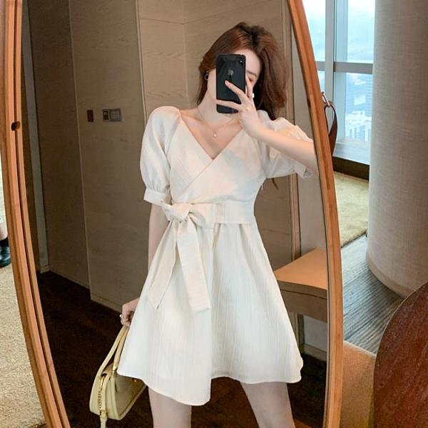 小洋裝 連身裙甜美泡泡袖連身裙女夏季溫柔風初戀裙小個子收腰裙子T624快時尚