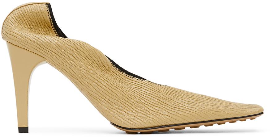 Bottega Veneta 驼色 Crunch 皮革高跟鞋