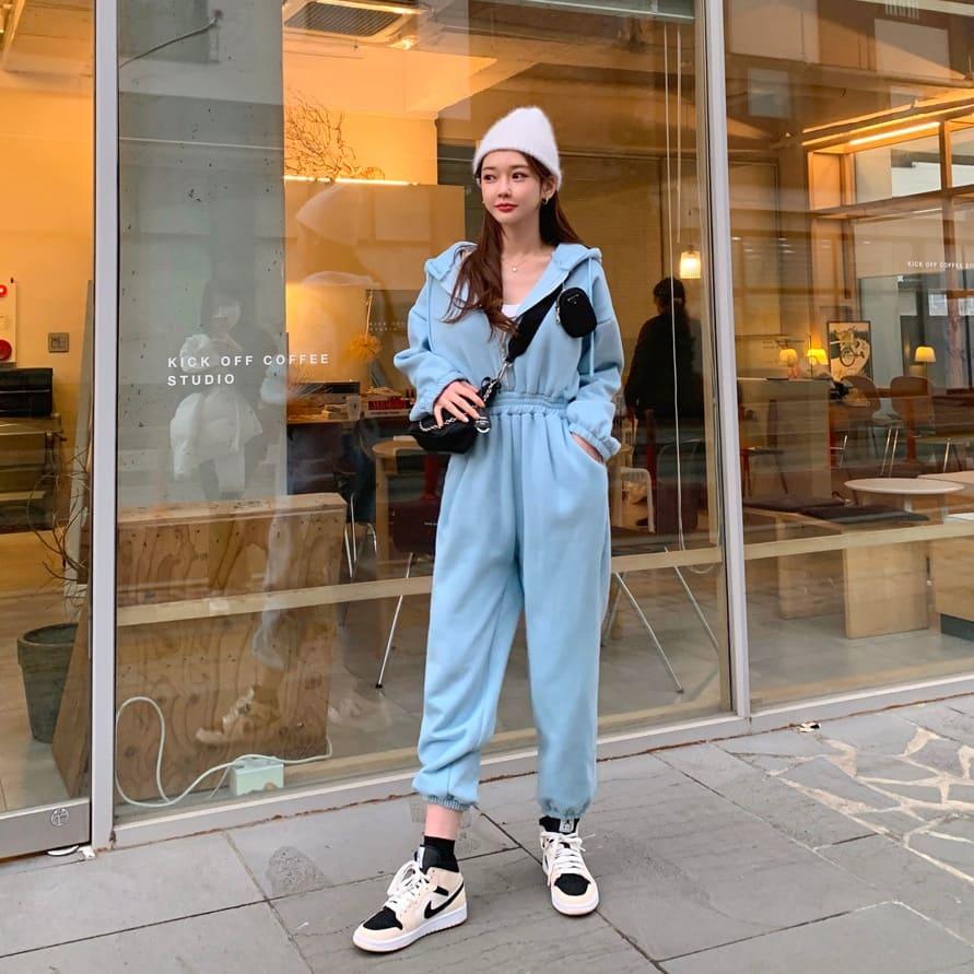 連身褲.時髦街頭率性素面拉鍊連帽長袖褲裝.白鳥麗子