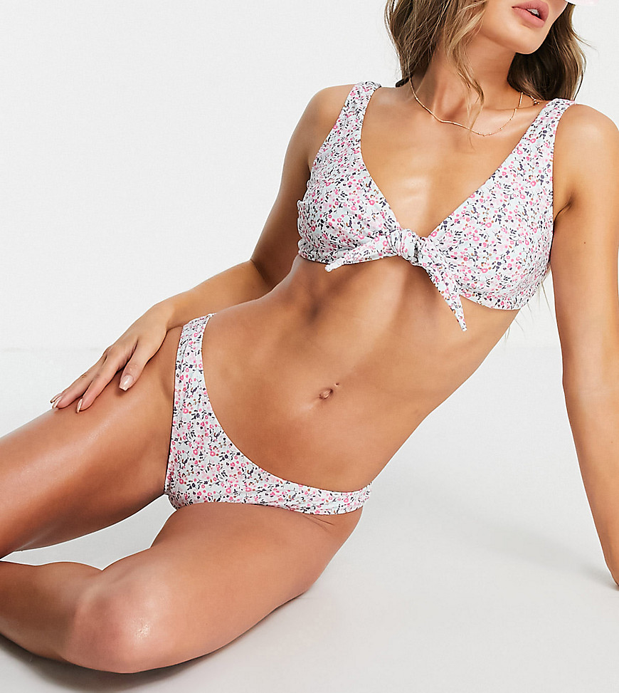 Pieces exclusive tie front bikini top in white ditsy floral-Multi