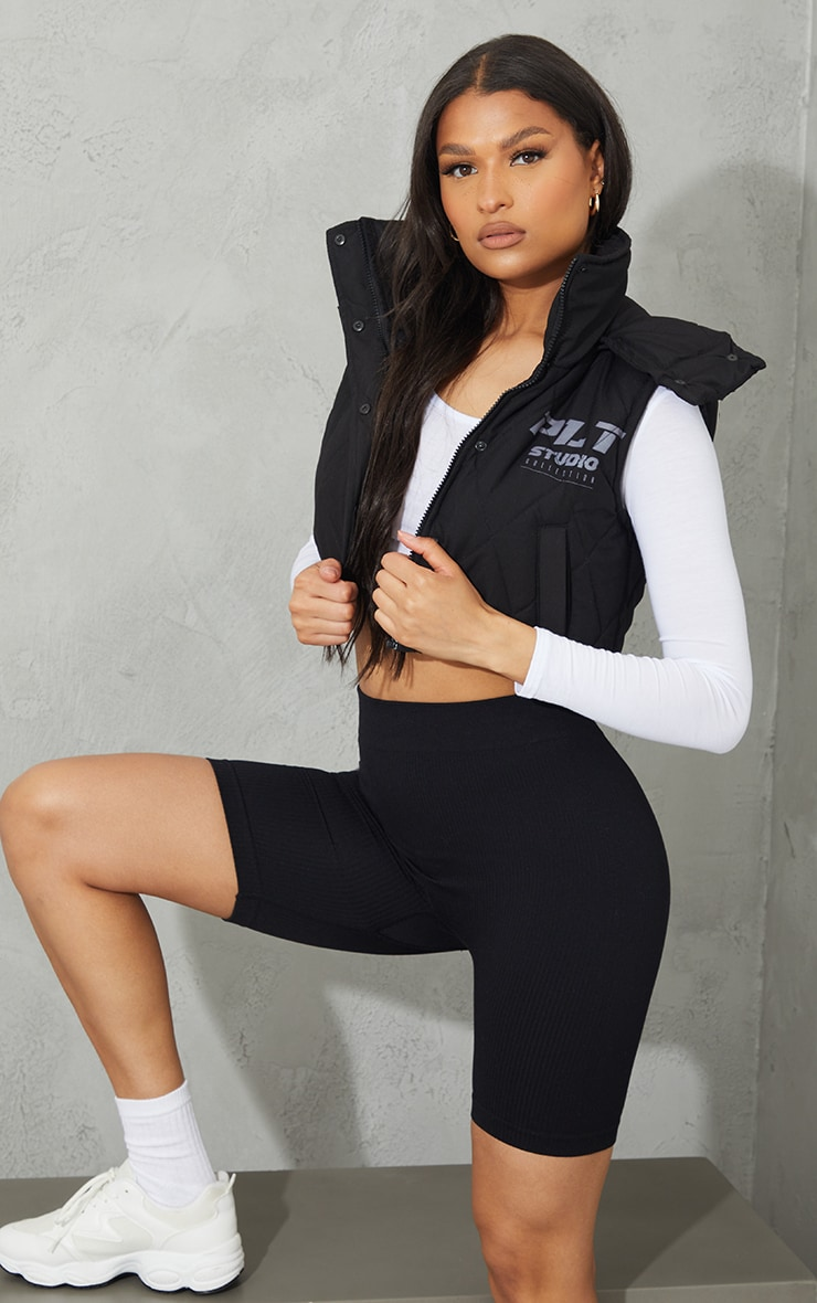 PRETTYLITTLETHING Black Peach Skin Diamond Quilted Removable Hood Gilet