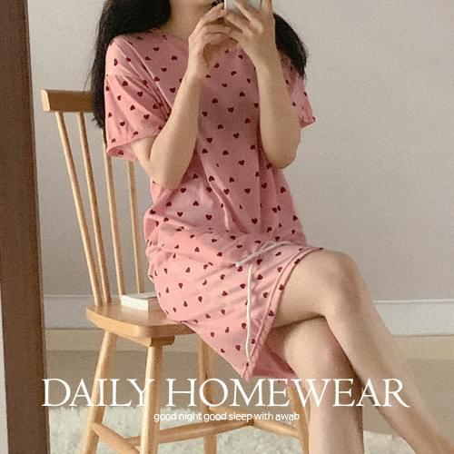 韓國空運 - 附收納包愛心印花短袖睡衣洋裝 及膝洋裝