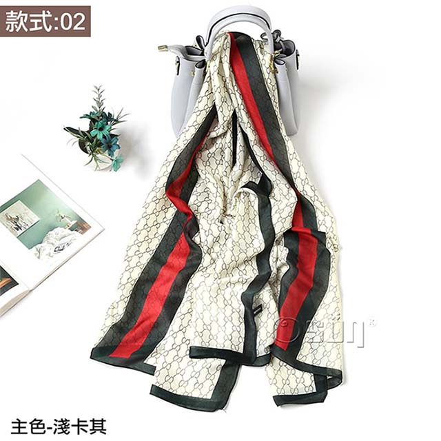 【Osun】秋冬高檔送禮仿蠶絲綢緞質感絲巾歐美款印花沙灘披肩圍巾 (款式:02,CE352A)