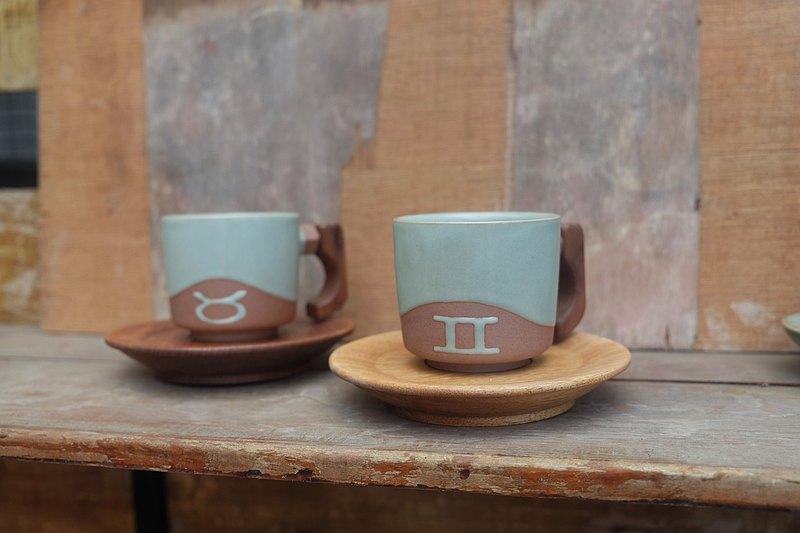 青瓷汝窯木把咖啡杯 附手工原木杯盤 星座訂製禮物 夫妻 情侶