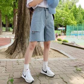 韓國空運 - Part 5 Ripped Point Pants 短褲