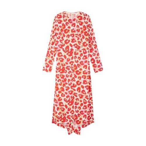 Long-sleeved pleat detail maxi-dress