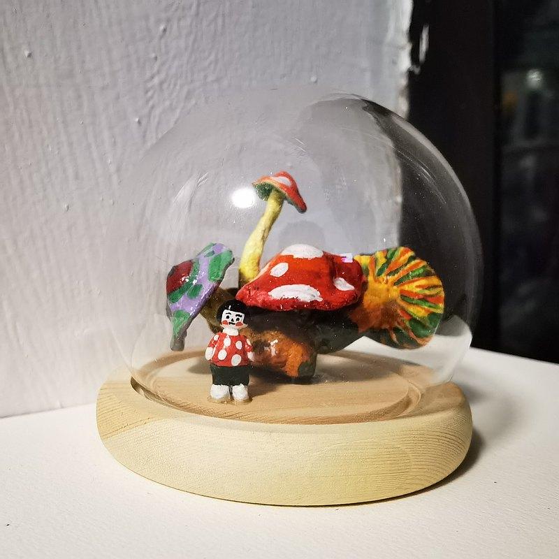 蘑菇女孩系列- 原創手繪黏土擺件裝飾品