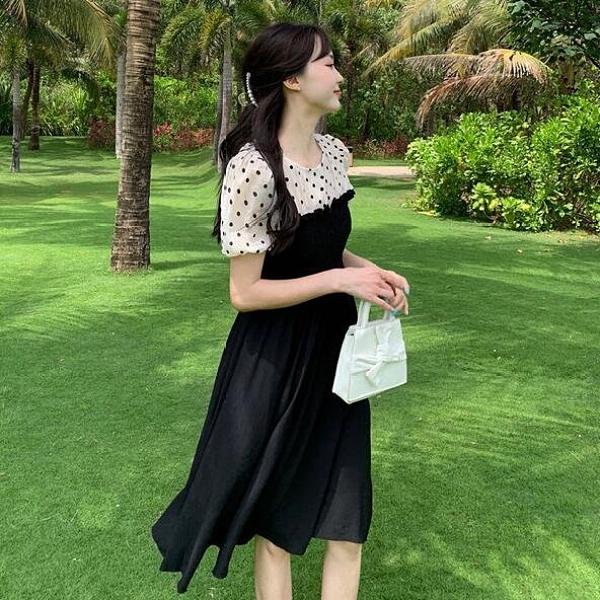 洋裝 假兩件 中大尺碼 L-4XL新款大碼法式複古拼接泡泡袖收腰顯瘦氣質連身裙4F110-6613.胖胖唯依