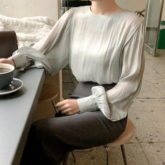 【CABC083R】正韓 韓國製 光澤緞面燈籠袖上衣~首爾蝶衣