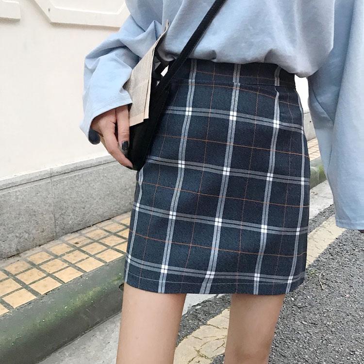 新款韓版格子半身裙 短裙 chic百搭短版高腰a字裙 秋季時尚個性復古風氣質學生裙子 兩色可選