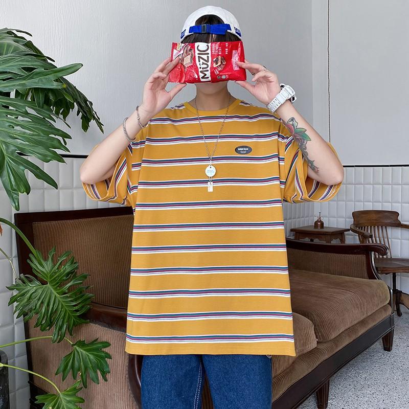 M-5XL夏季潮流簡約貼標條紋短袖T恤 韓版學院風圓領寬鬆T恤 百搭Oversized落肩袖短t 大尺碼上衣 男生衣著