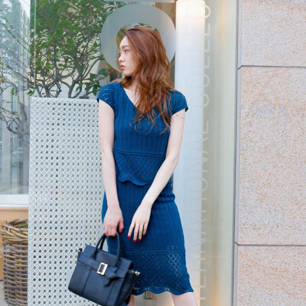 LIP SERVICE【V9171-001】網眼蕾絲V領上衣(3色)
