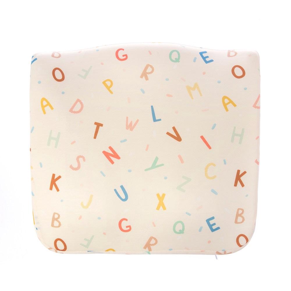 HOLA 玩轉字母涼感凝膠記憶美臀墊42.5x40x8cm