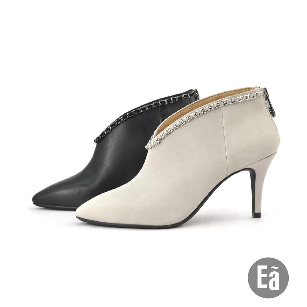 Ea專櫃女鞋 真皮寬口鍊飾尖頭素色高跟踝靴