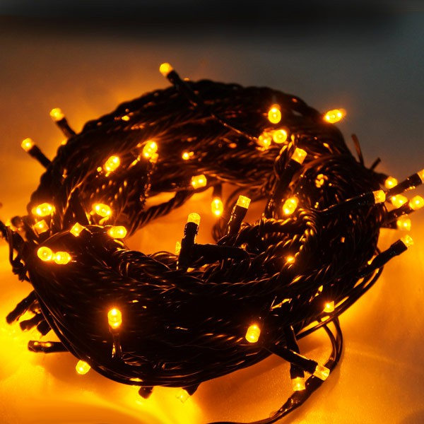 心可樂活 100燈LED燈串聖誕燈 (黃光黑線)(附控制器跳機)(高亮度又省電)
