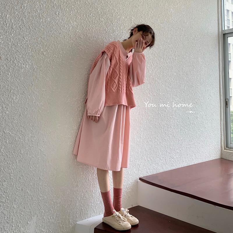 女生套裝 馬甲套裝 毛衣套裝 兩件式 秋季新款韓版麻花V領無袖馬甲毛衣女網紅外穿上衣裙子兩件式