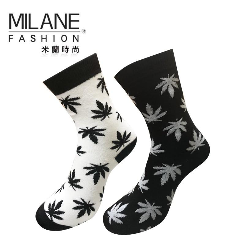 米蘭時尚 大麻葉圖案滿版高筒襪 男女適穿 嘻哈 經典不敗款 長襪 MIT台灣製造 社頭好襪 滑板 穿搭 復古