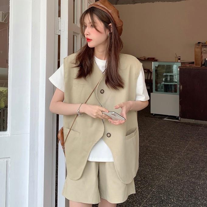 女生套裝 休閒 顯瘦 3件套 學院風 閨蜜裝 設計感馬甲+百搭短款+白色T卹(分開購買)
