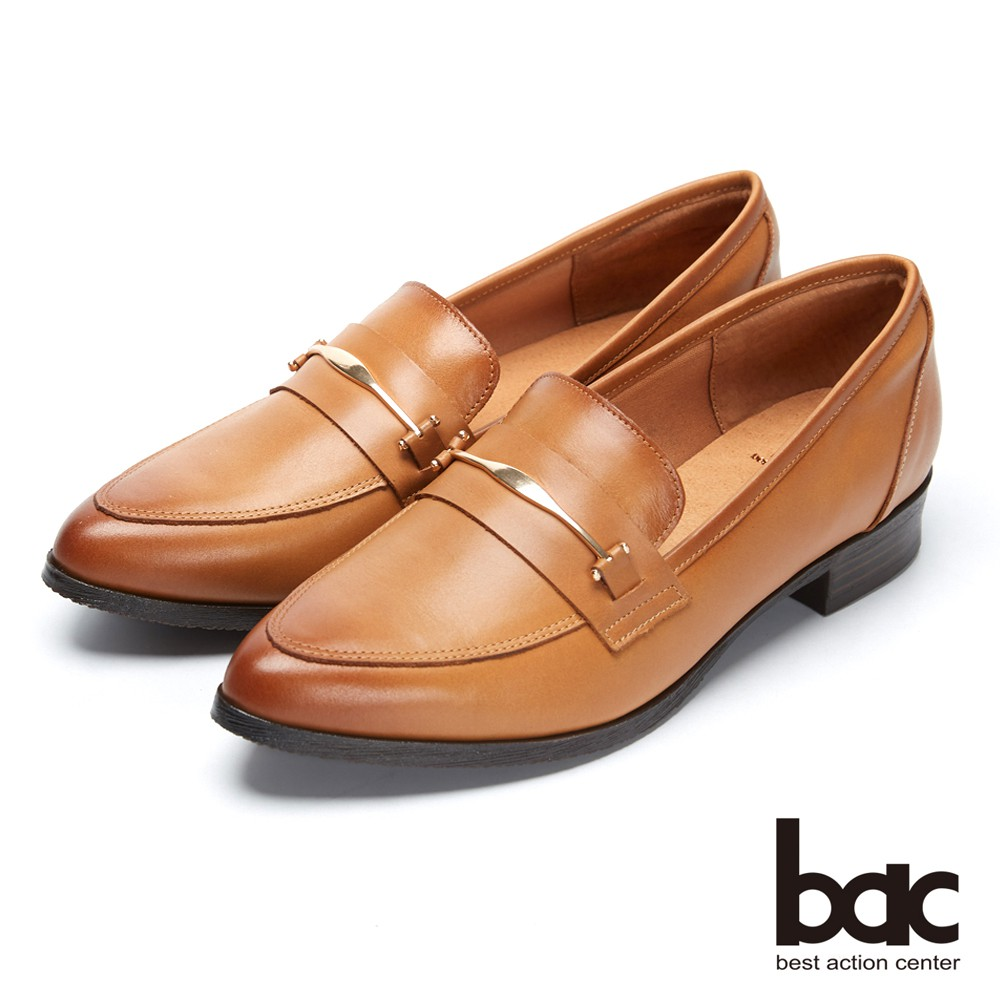【bac】經典回歸-金屬扣環尖頭粗跟樂福鞋平底包鞋 -茶樹棕