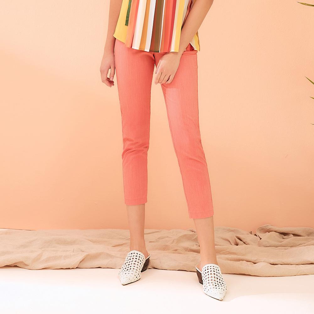OUWEY歐薇 純色蜜蜂刺繡七分彈性窄管褲(粉)J11607