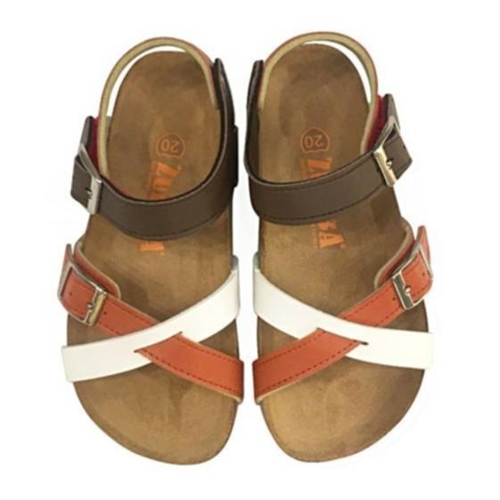 【ZULIBA簡約風】中童足跡前帶交叉涼鞋-磚橘米白