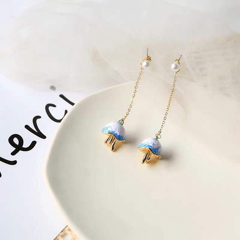 [MUSI創意玩星球] 韓國設計款海洋文青立體藍色水母造型長形耳環白色珍珠前後扣耳釘耳環