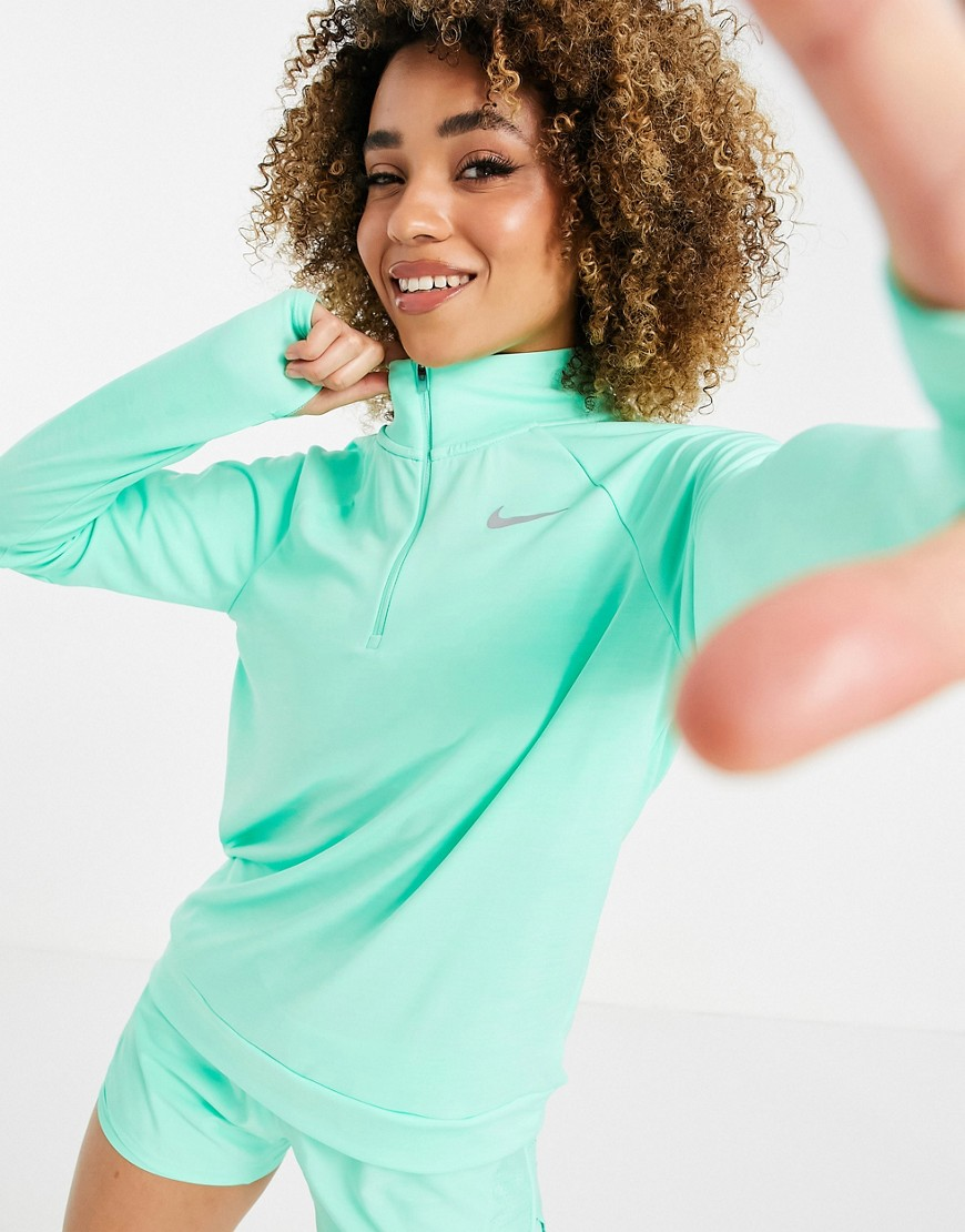 Nike Running long sleeve pacer in mint-Green