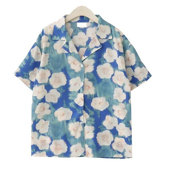 雪紡上衣 夏季韓國港味復古小眾設計度假風油畫印花短袖襯衫女寬鬆雪紡上衣 伊蘿