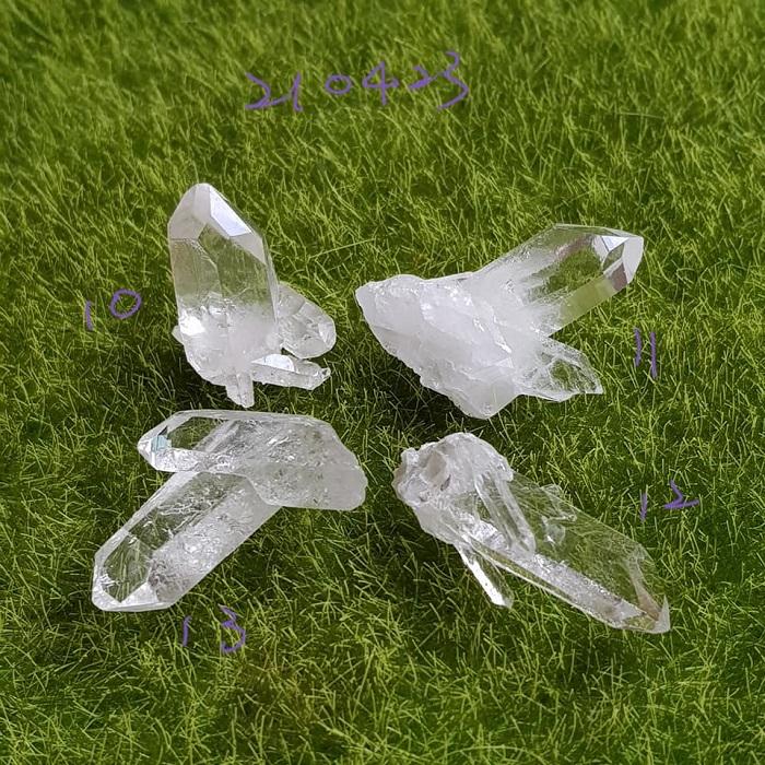 巴西Tomas Gonzaga清透水晶簇210423-10~13號