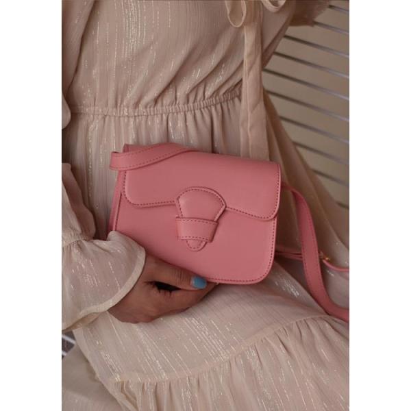 粉色小方包百搭春夏新款豆腐小包包女包插口單肩包斜挎包 錢夫人小舖