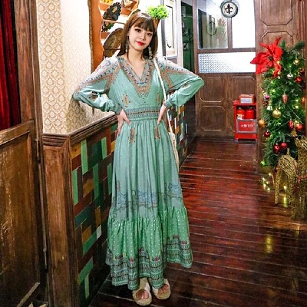 長裙度假連身裙洋裝早民族風異域復古圖騰印花拼色V領大擺收腰連身裙NE603.依品國際
